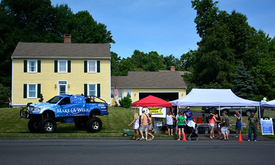 7/16/2016 Mike Orazzi | Staff Nico's lemonade stand on Northwest Drive in Plainville Saturday morning.