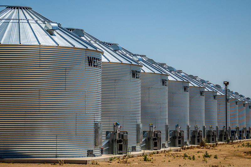Shiny Silos, Sherman County