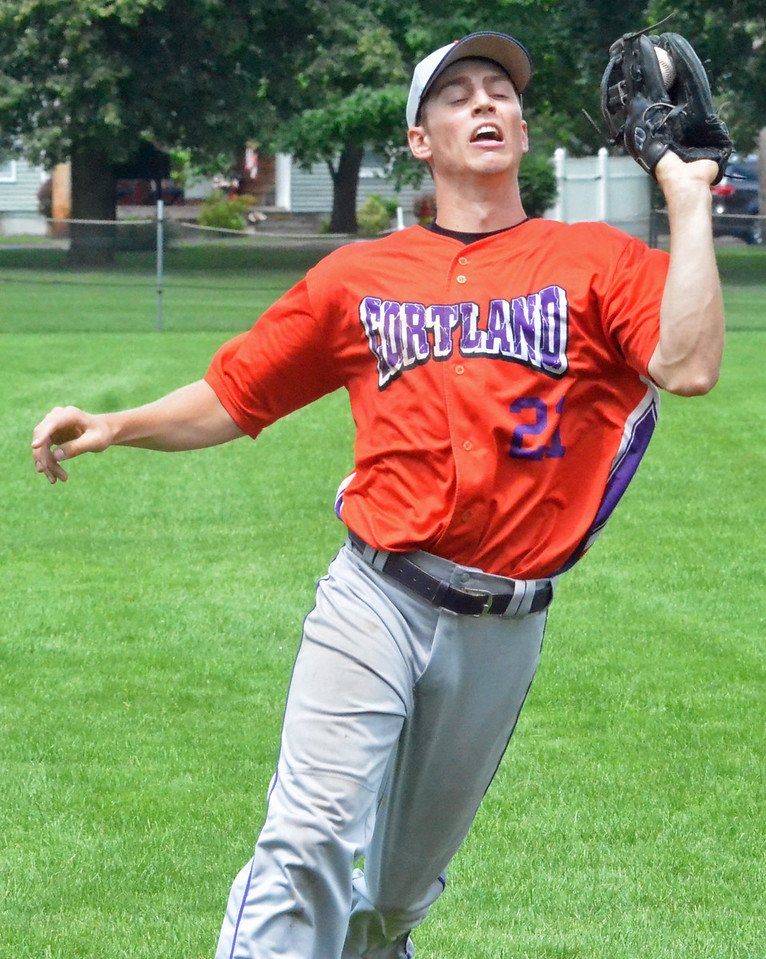 KYLE MENNIG – ONEIDA DAILY DISPATCH The Cortland Crush's Tyler Schmidt (21) makes a catch to retire a Sherrill Silversmiths batter during their game in Sherrill on Saturday, July 15, 2017.