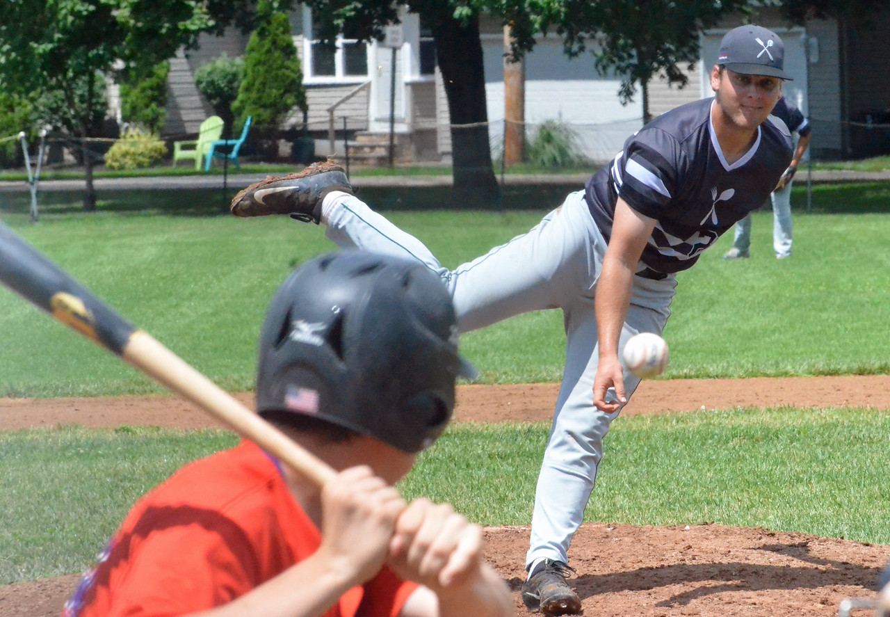 KYLE MENNIG – ONEIDA DAILY DISPATCH Sherrill Silversmiths pitcher Mitch Cavanagh delivers a pitch to a Cortland Crush batter during their game in Sherrill on Saturday, July 15, 2017.