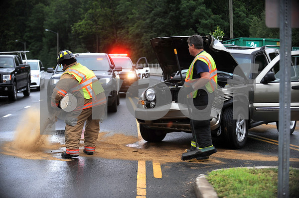 7/14/2017 Mike Orazzi   Staff The scene of a one vehicle crash on Route 72 near the Anthony Savino bridge Friday afternoon. No injuries were reported and the vehicle was towed from the scene.