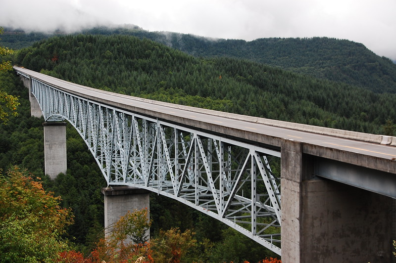 This long bridge was one of 14 spans that had to be rebuilt after the 1980 eruption.  It wasn't molten lava that destroyed stuff, it was the blast wave and the subsequent mudslides and wall of water roaring down all the rivers that drained from Mt St Helens.