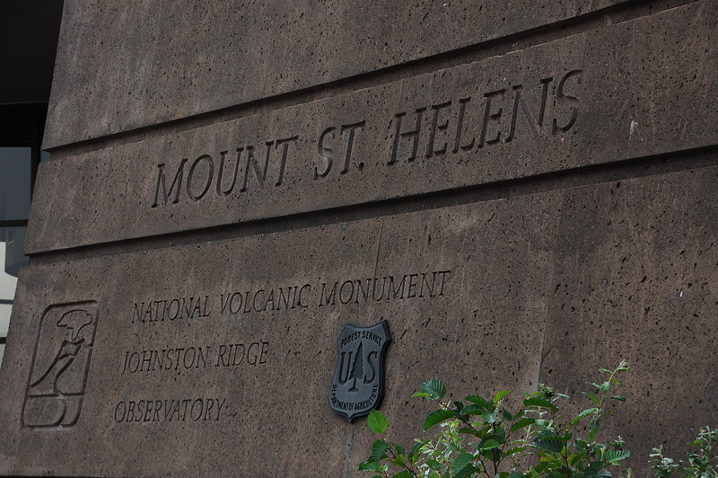 The morning of day 2 saw us exploring Mt St Helens monument.  It's an interesting look at the geology at play in the Cascade Mountains volcano chain and also a fascinating history of the 1980 eruption which killed fifty people.  It's going to happen again, folks.  Probably sooner rather than later.