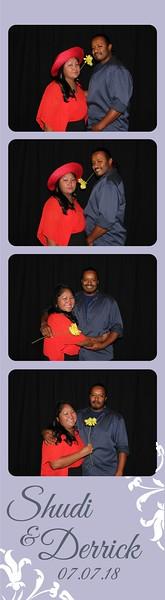 Photobooth fun at wedding in Albuquerque, NM