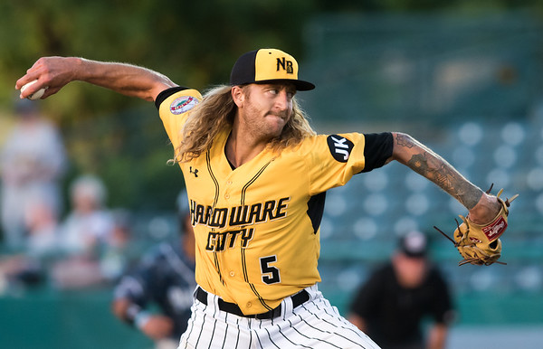 06/29/18 Wesley Bunnell | Staff The New Britain Bees were defeated 6-4 by the Southern Maryland Blue Crabs. Mark Hamburger (5)