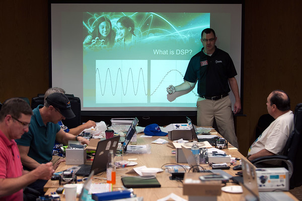 07/27/18 Wesley Bunnell | Staff School teachers from across the country took part in a week long class assembling and operating robots at ARRL, the national association for Amateur Radio, in Newington from July 23rd through July 27th. The program was designed to help teachers incorporate electrical and wireless technology into their STEM curriculum. ARRL Education and Technology Program Instructor Tommy Gober gives an overview of digital signal processing.