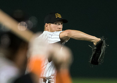 07/03/18  Wesley Bunnell | Staff  The New Britain Bees vs the Long Island Ducks on July 3rd at New Britain Stadium. Josh Outman (4).