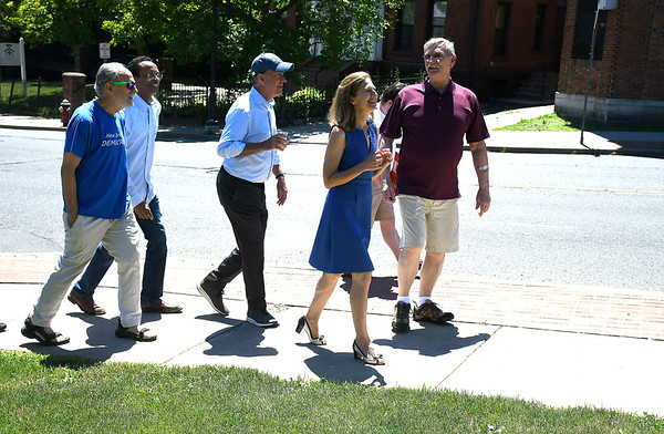 7/7/2018 Mike Orazzi | Staff Lucian Pawlak talks with Democratic Governor candidate Ned Lamont and Lt. Governor candidate Susan Bysiewicz at Roly Poly in New Britain Saturday.