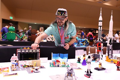 Bricks By The Bay X Convention