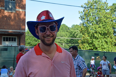 Some folks know how to rock their wardrobe on July 4th.