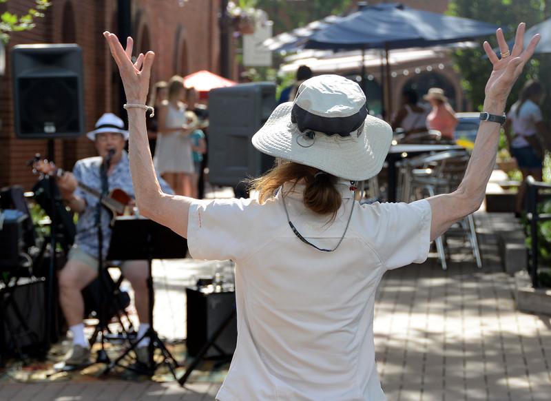 Artwalk Summer on the Streets