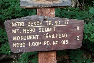 Andrews Ridge Trailhead Sign