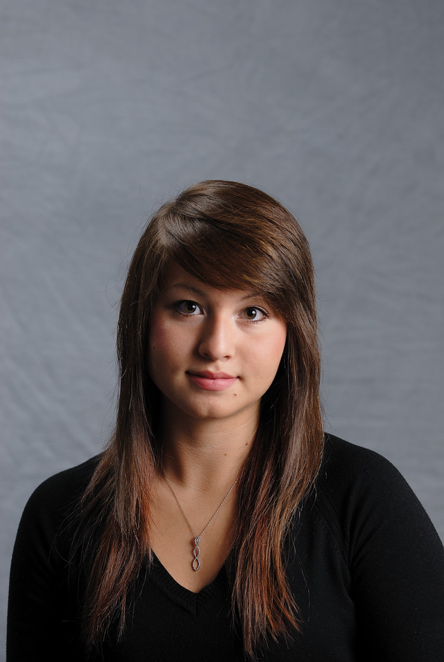 8/29/09 Emily Sr. yearbook pictures