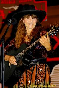 Sue Harris - Vilna Cowboy Fest 2014