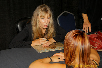 Juice Newton signing autographs after the show - Century Casino