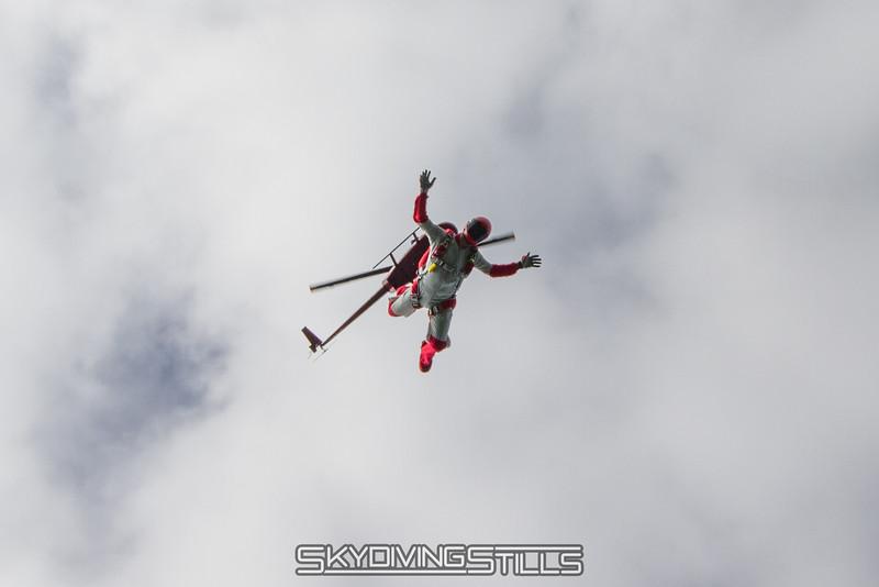 "<br><span class=""skyfilename"" style=""font-size:14px"">2015-08-09_skydive_cpi_0057</span>"