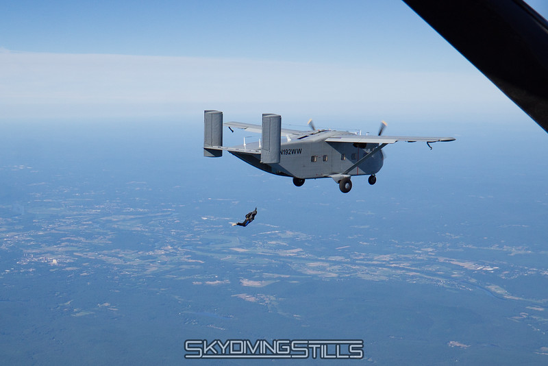 "<br><span class=""skyfilename"" style=""font-size:14px"">2016-07-03_skydive_jumptown_0021</span>"