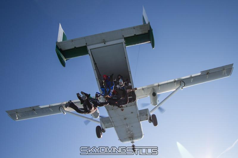 "<br><span class=""skyfilename"" style=""font-size:14px"">2015-08-07_skydive_cpi_1662</span>"