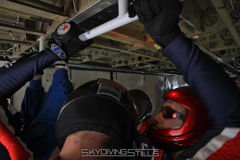 12-27-10_skydive_eloy_0310