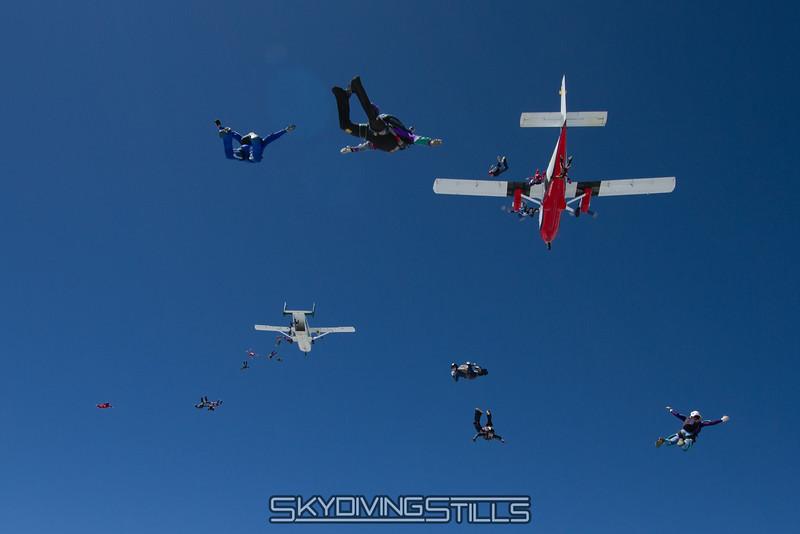 "<br><span class=""skyfilename"" style=""font-size:14px"">2015-08-07_skydive_cpi_1232</span>"