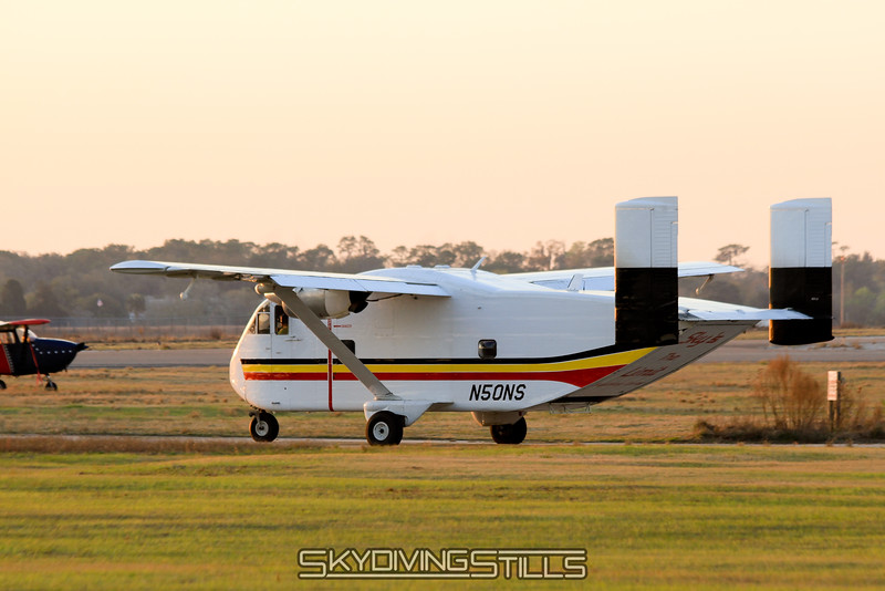 Sky's the Limit's Skyvan taxies out. 2/19/11