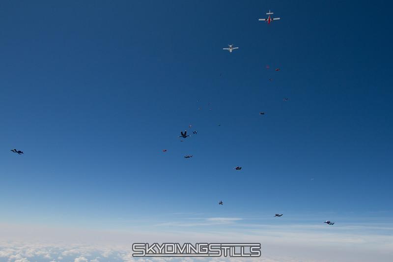 "<br><span class=""skyfilename"" style=""font-size:14px"">2015-08-07_skydive_cpi_1241</span>"
