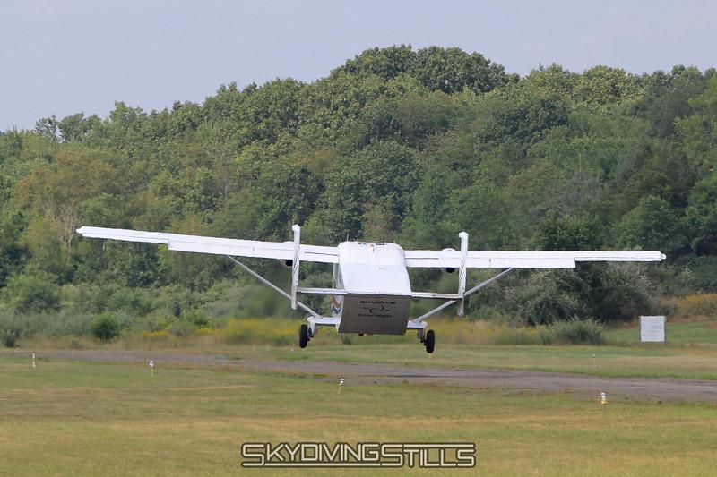08-05-11_skydive_cpi_1077