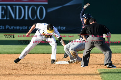 062116  Wesley Bunnell | Staff  New Britain Bees took on visiting Somerset Patriots on Tuesday evening in the second of three games. Jonathan Roof #2 applies the tag on a play at 2nd.