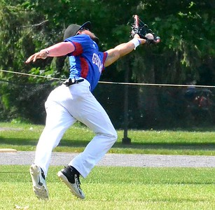 KYLE MENNIG – ONEIDA DAILY DISPATCH Rome's C.J. Ponce makes a catch in left field to retire Sherrill's Justin Stromski during their NYCBL game in Sherrill on Saturday, June 17, 2017.