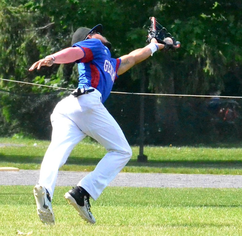 . KYLE MENNIG � ONEIDA DAILY DISPATCH Rome\'s C.J. Ponce makes a catch in left field to retire Sherrill\'s Justin Stromski during their NYCBL game in Sherrill on Saturday, June 17, 2017.