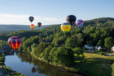 Sunday Morning Balloon Ride-Dennis Welser