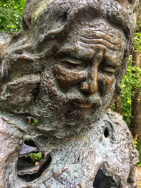 Jerry Garcia sculpture