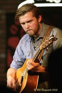 Guitar - Emily Reid - Chad Brownlee - Cook 06-19 0088