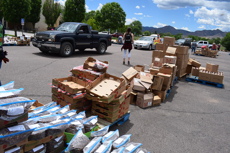 The Vineyard Church and The Pantry of Fremont teamed up to host the fourth mass food distribution on Friday. Carie Canterbury/Daily Record 5-29-20