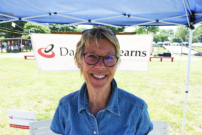 Pam Dykstra volunteered at the DavidsonLearns tent.