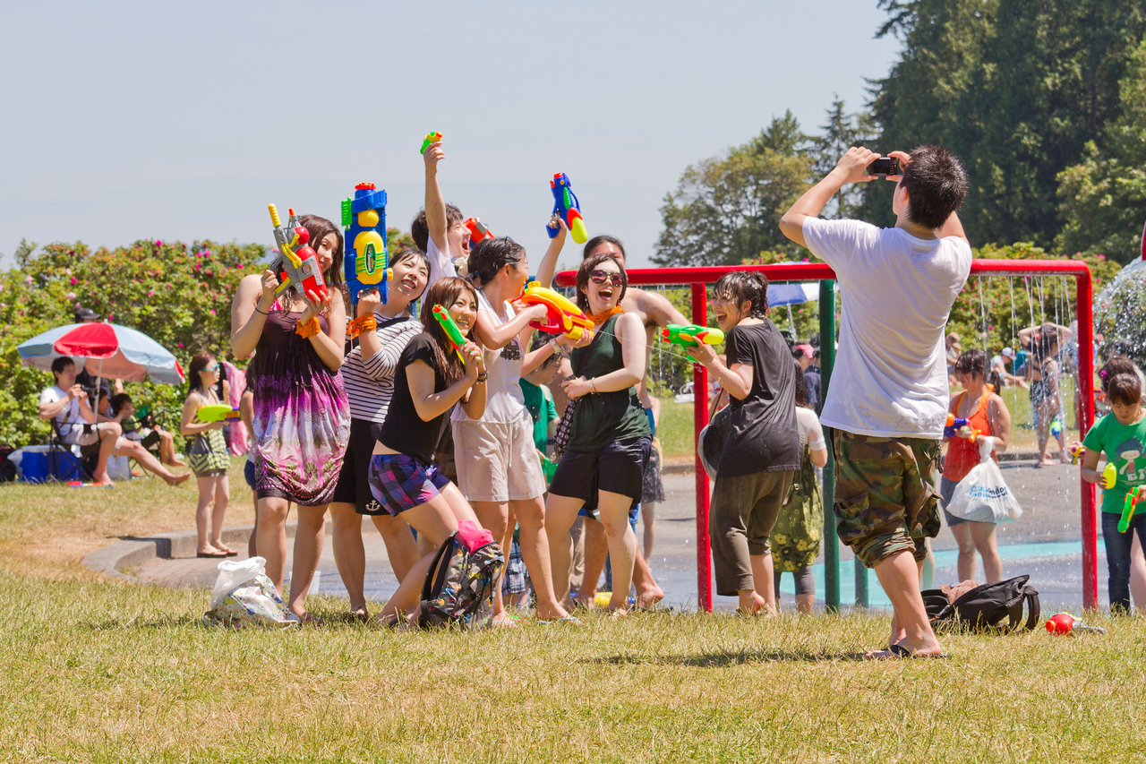 Vancouver's Largest Waterfight 2010 in Stanley Park