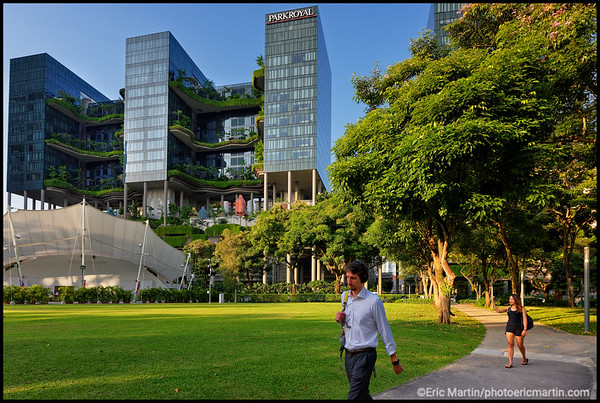 SINGAPOUR VILLE JARDIN. Hotel Park Royal on Pickering