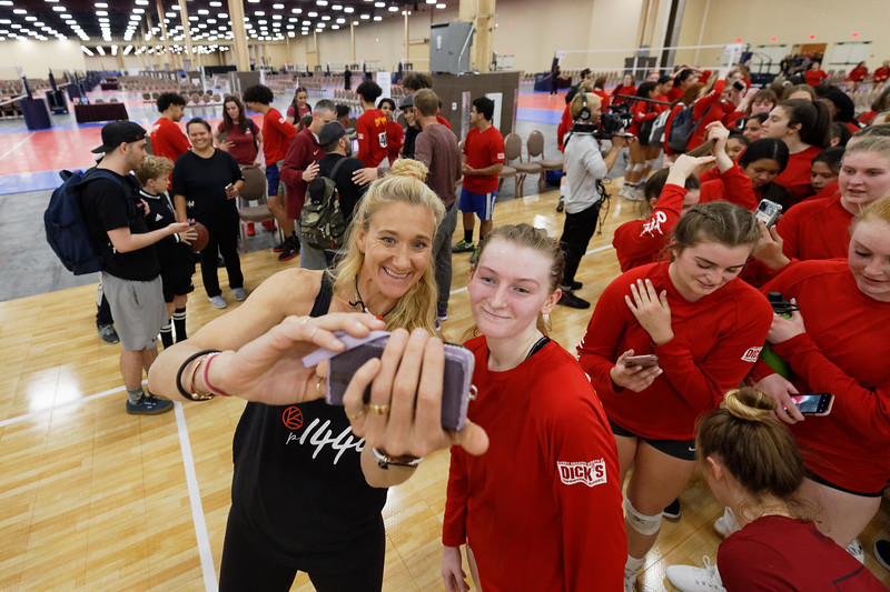 Kerri Walsh Jennings, selfie
