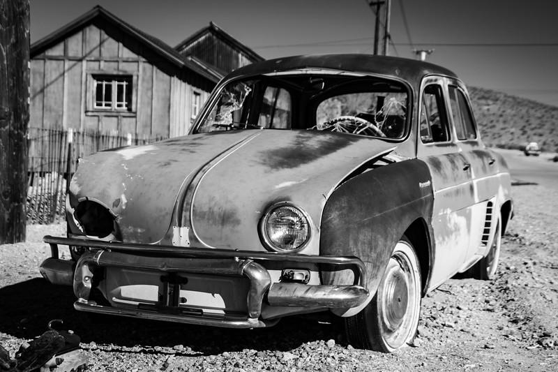Damaged Renault
