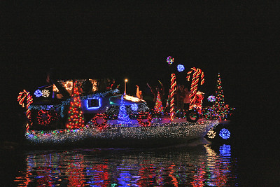 "Russ Pendred  -  ""Intercoastal Christmas"" - 1st place Intermediate Division"