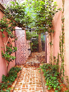 "Wendy Wagner - 3rd Place Advanced Division -  ""Charleston Garden Gate"""
