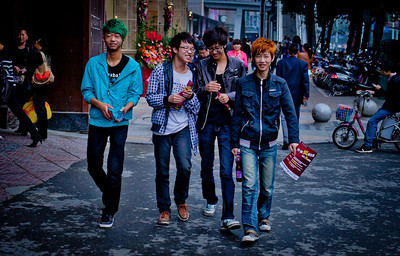 Youngsters in Chengdu, 2013 October