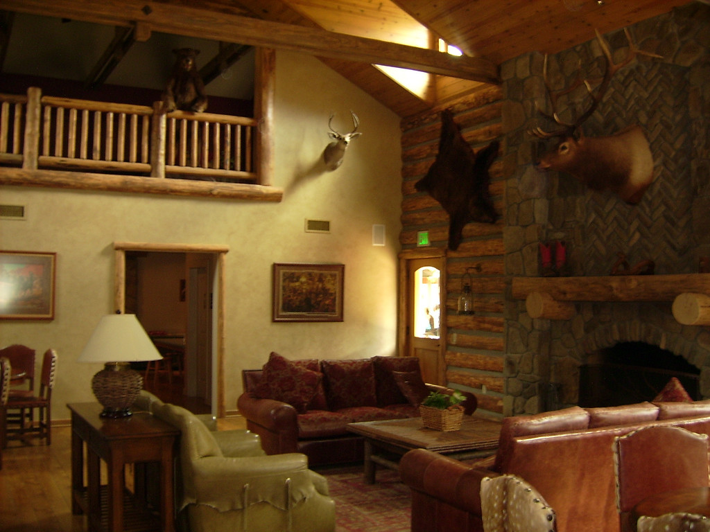 The living room area of the Circle B Guest Ranch.