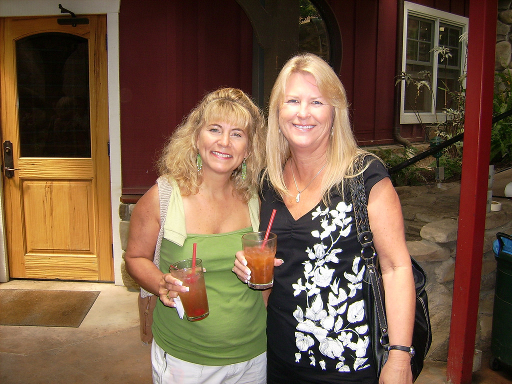 Mara Janis and Nancy Andrews share their smiles with us.  Cheers, ladies!