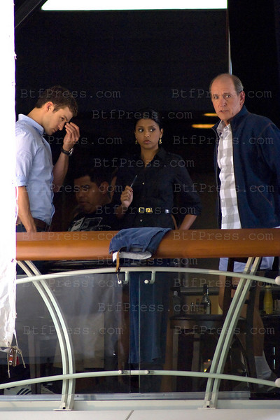 "Justin Timberlake during the set of "" Friends With Benefits "" co-star Richard Jenkins in LAX airport, Caifornia."