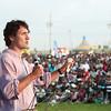 Justin meets Canadian Tamils at the Megablast Festival in Markham, On. - Justin rencontre la communauté Tamouls Canadiennes pendant le festival Megablast à Markham, On. Jun 30, 2013. (Photo: Adam Scotti)
