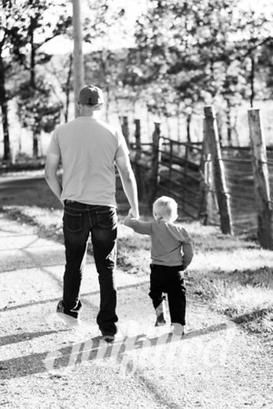 Justin and Jax Mini Session 2017 (16)