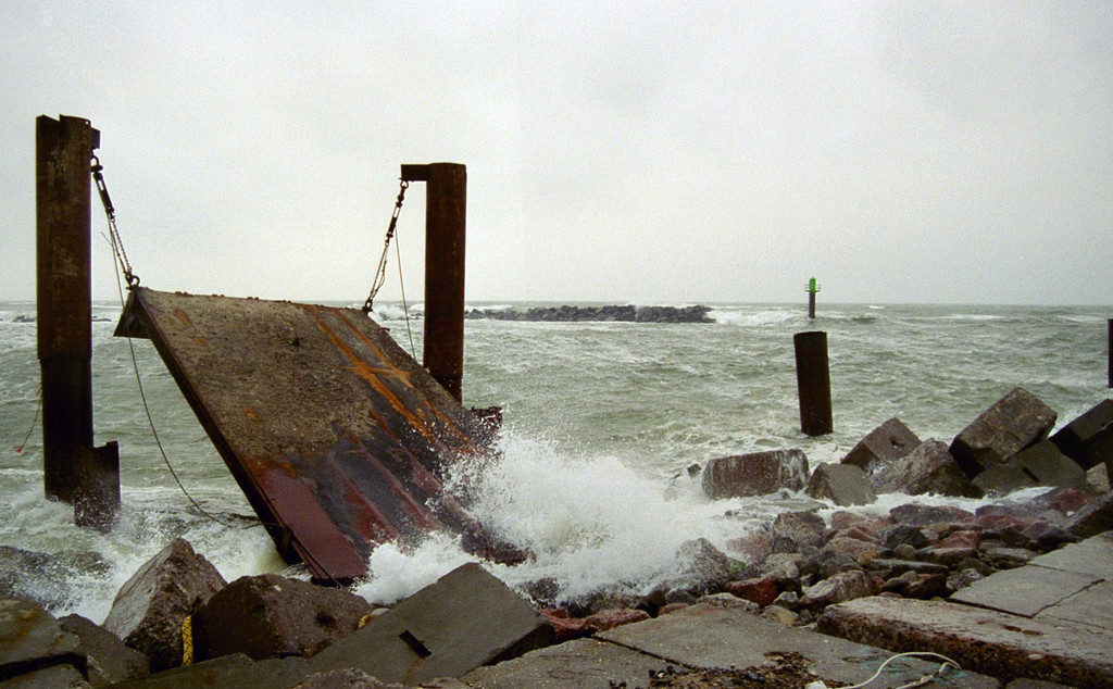 Thorsminde. Oct 2004