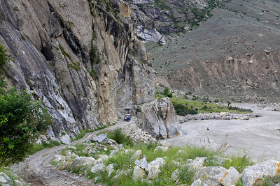 The road to Skardu.