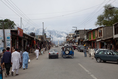 We race through the streets of Skardu to get to the airport.